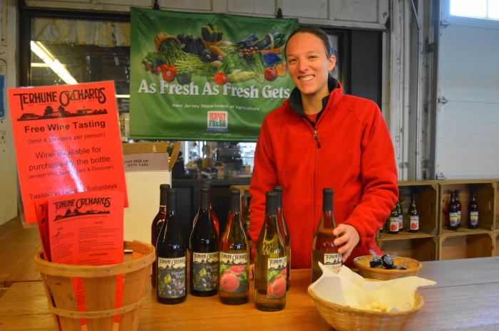 Anne from Terhune Orchards setting up for a tasting!