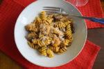 Sausage, mushroom and sun-dried tomato pesto pasta