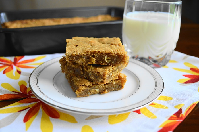 Coconut Ginger Blondies