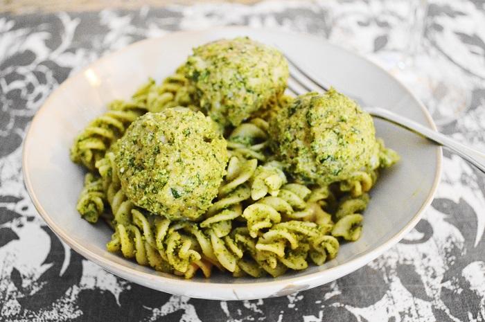 Asiago Spinach Chicken Meatballs with Kale Walnut Pesto over Quinoa Fusilli
