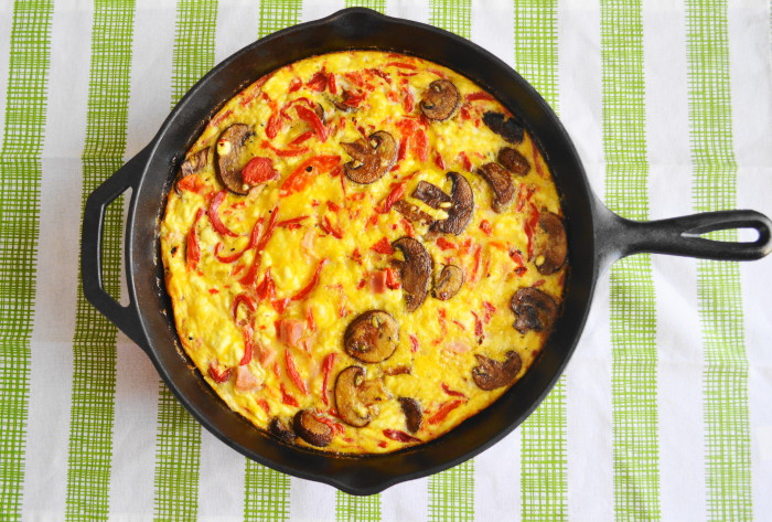 The Mediterranean frittata right out of the oven. So pretty!
