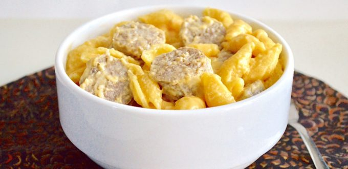 Bratwurst and Beer Mac and Cheese