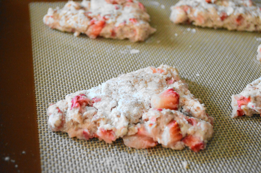 Once the dough was in a disc, it was easy to cut it into 8 equal wedges to form the strawberry mascarpone scones. They just needed to bake for about 15 to 20 minutes to get puffy and gorgeous.