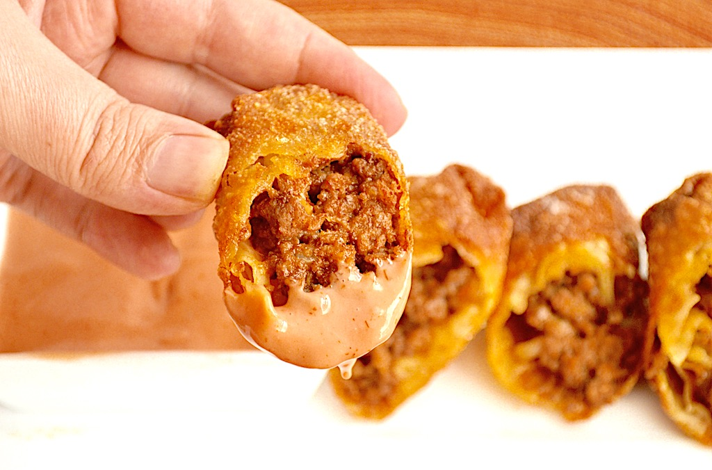 Cheeseburger Egg Rolls
