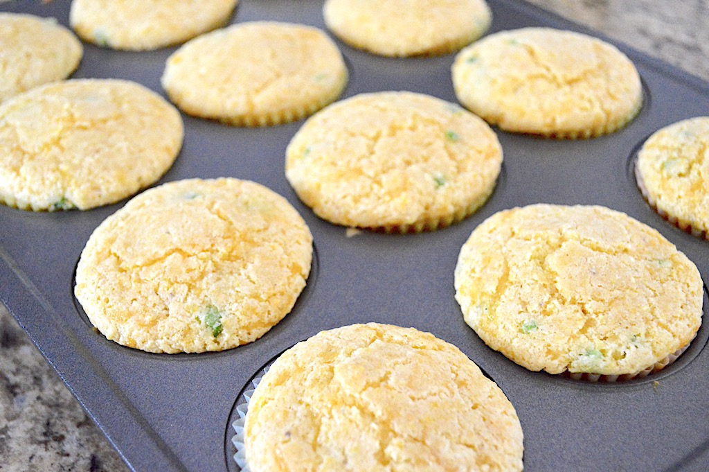 The cheddar jalapeno corn muffins baked for 20 muffins to get baked through and perfectly golden. They smelled so incredible and savory as they cooked and cooled!