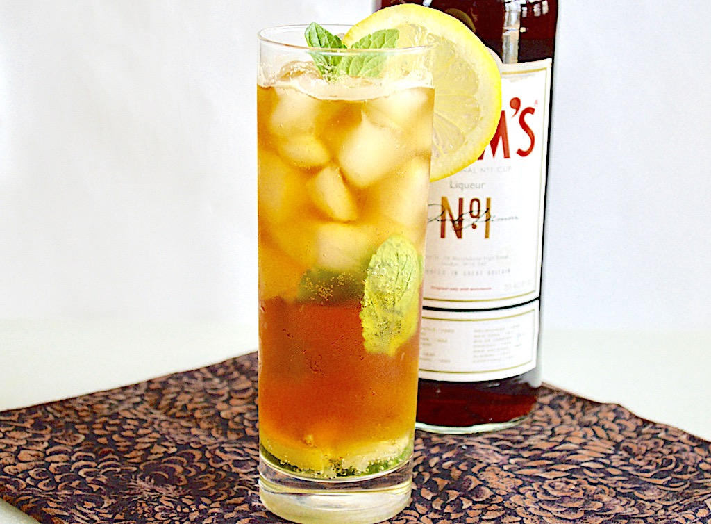 Classic Pimm's Cocktail