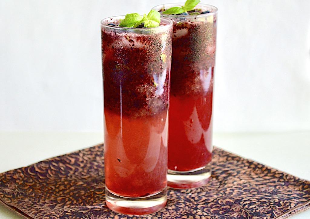 Blueberry Lemon Mojitos