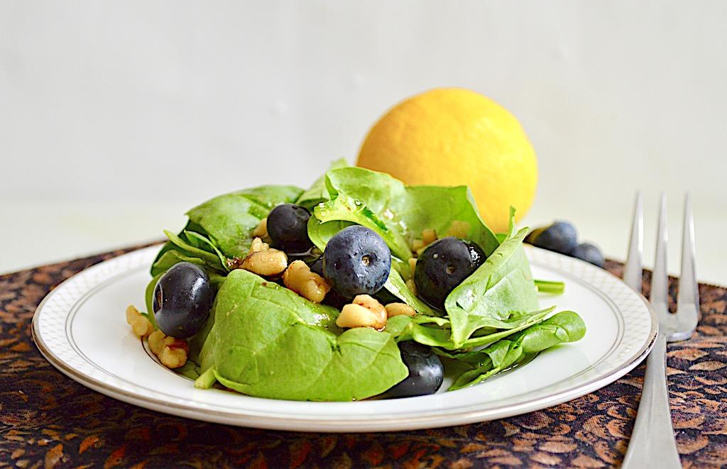 Blueberry Walnut Salad
