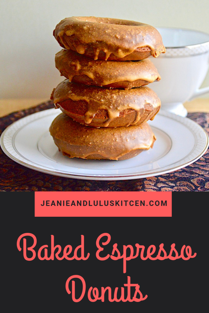 These are such simple and wonderful baked espresso donuts with an espresso glaze! They are so perfect for a pick me up treat in the morning. #donuts #breakfast #espresso #bakedespressodonuts #jeanieandluluskitchen