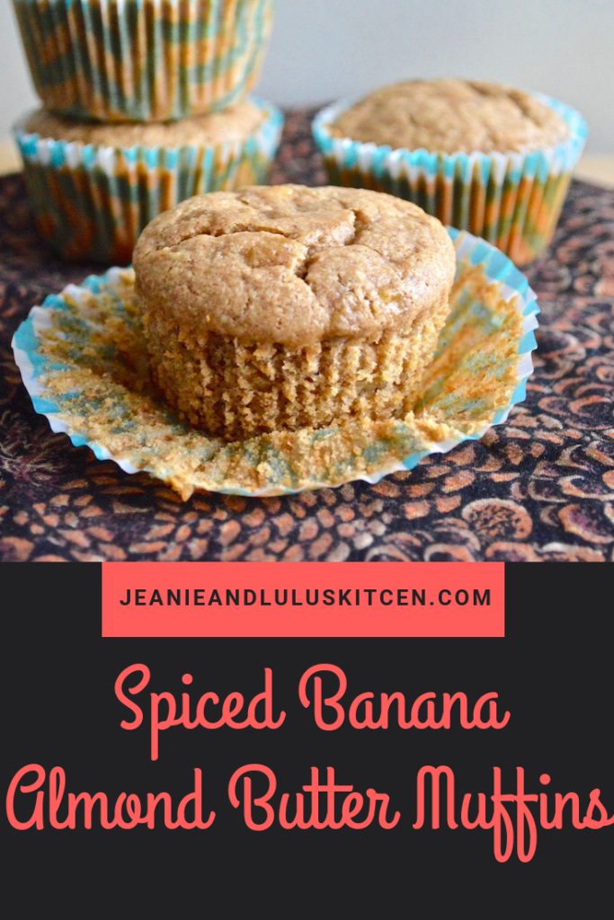 These are such wonderful and warmly spiced banana almond butter muffins with no gluten or refined sugar! Perfect for breakfast or a snack on the go. #muffins #breakfast #glutenfree #spicedbananaalmondbuttermuffins #jeanieandluluskitchen