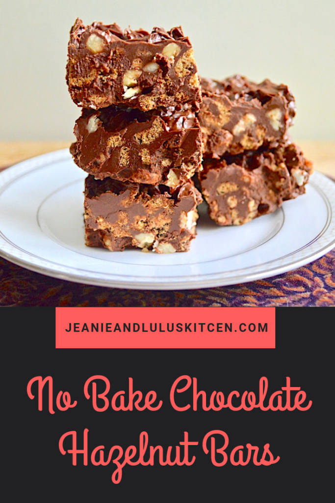 These no bake chocolate hazelnut bars are such a simple treat without the trouble of turning on the oven! They're crunchy, flavorful and so wonderful. #dessert #treats #chocolate #chocolatehazelnut #nobakechocolatehazelnutbars #jeanieandluluskitchen